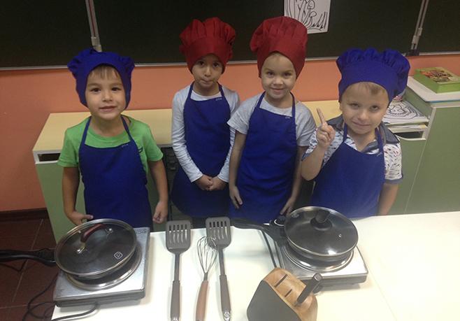 Бренд Röndell стал партнером детской кулинарной студии Ева