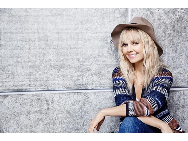 Победителей конкурса Röndell выберет певица Валерия