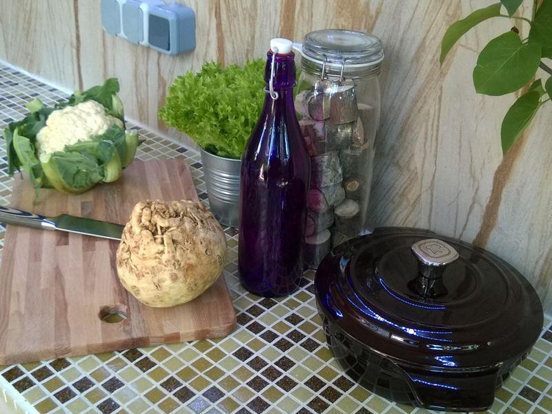 Коллекции посуды Deep Burgundy на ПЕРВОМ канале